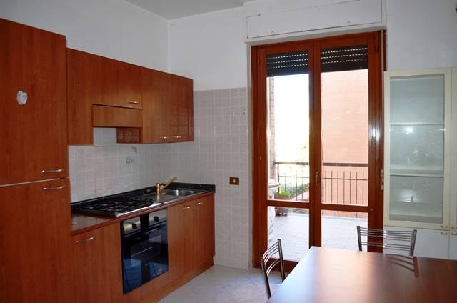 Appartamento in affitto a Viterbo, 5 locali, zona Zona: Semicentro, prezzo € 550 | Cambio Casa.it