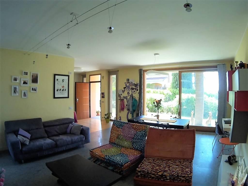 Villa a VITERBO 250 Mq | 8 Vani | Giardino 600 Mq
