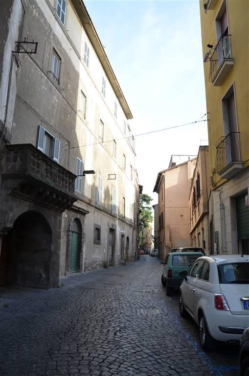 Negozio / Locale in vendita a Viterbo, 1 locali, zona Zona: Centro, prezzo € 60.000 | CambioCasa.it