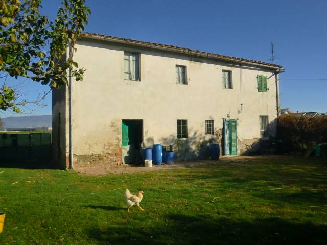 Soluzione Indipendente in vendita a Chiesina Uzzanese, 8 locali, prezzo € 120.000 | Cambio Casa.it