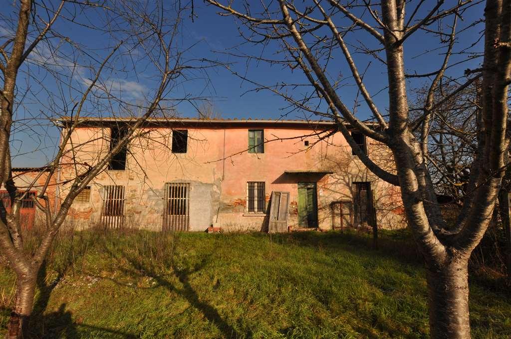 Soluzione Indipendente in vendita a Ponte Buggianese, 15 locali, prezzo € 105.000 | Cambio Casa.it