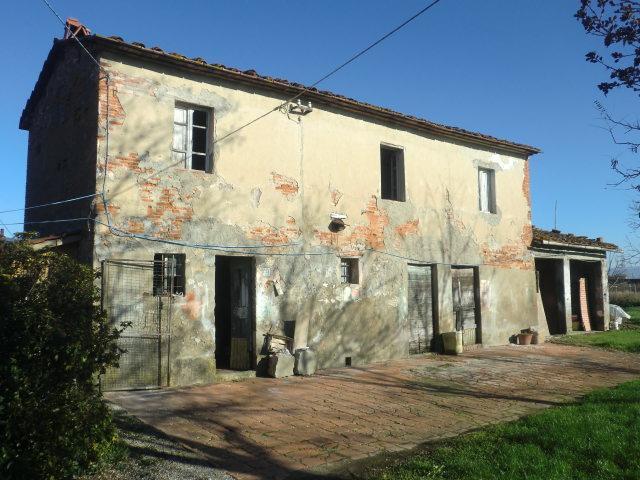 Soluzione Indipendente in vendita a Chiesina Uzzanese, 7 locali, prezzo € 67.500 | Cambio Casa.it