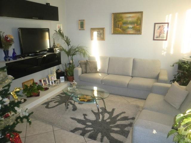 Appartamento in vendita a Ponte Buggianese, 6 locali, prezzo € 125.000 | Cambio Casa.it