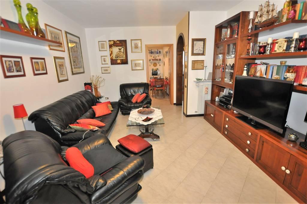Villa a Schiera in vendita a Uzzano, 6 locali, zona Località: FORONE, prezzo € 145.000 | Cambio Casa.it