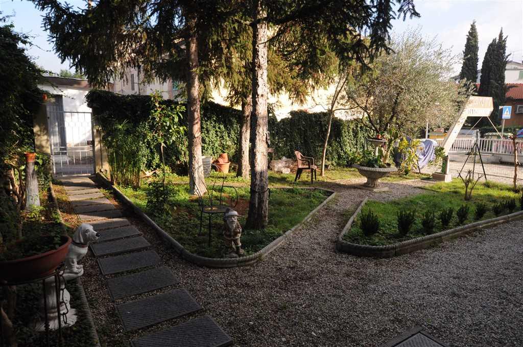 Appartamento in vendita a Buggiano, 3 locali, zona Zona: Borgo a Buggiano, prezzo € 100.000 | Cambio Casa.it
