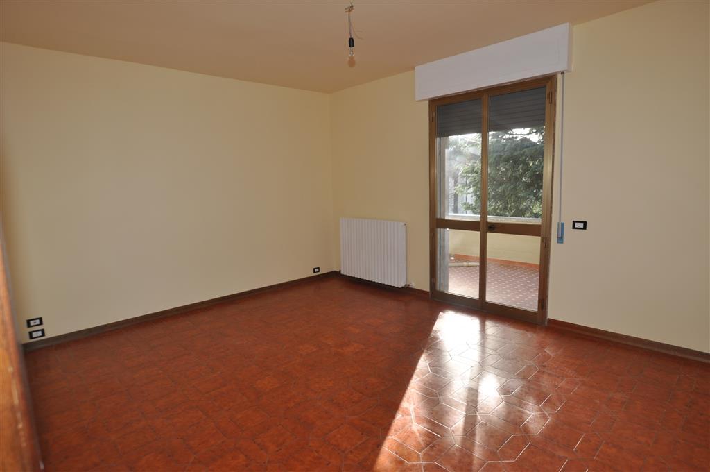 Appartamento in affitto a Chiesina Uzzanese, 4 locali, prezzo € 500 | Cambio Casa.it