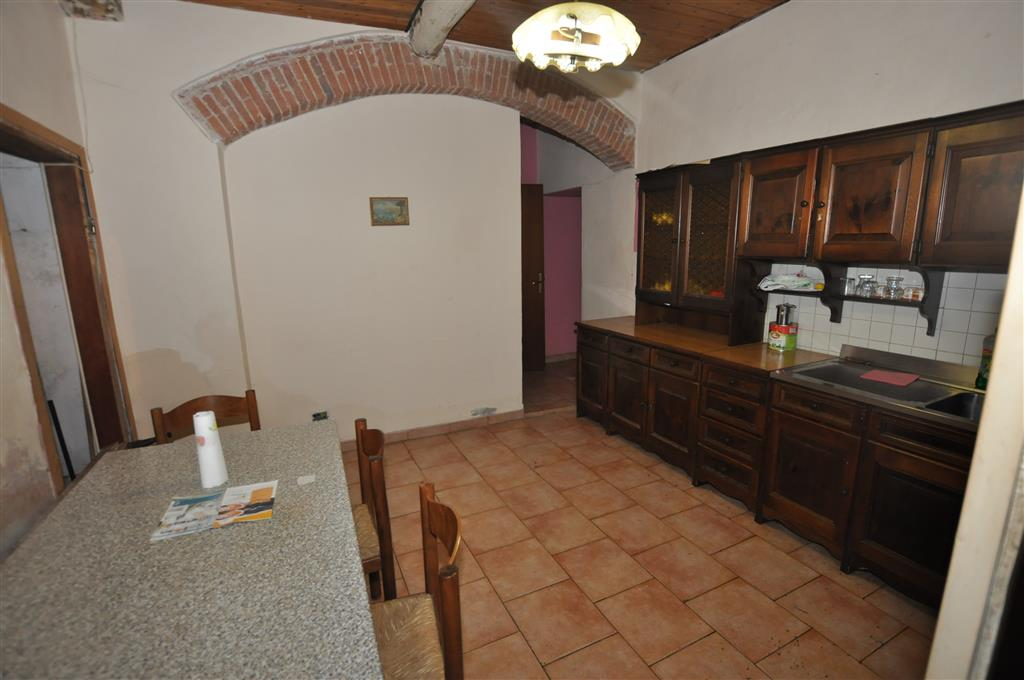 Appartamento in vendita a Ponte Buggianese, 3 locali, prezzo € 45.000 | Cambio Casa.it