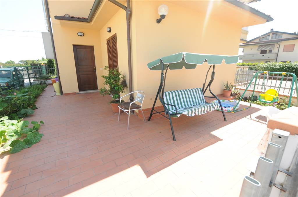 Appartamento in vendita a Ponte Buggianese, 3 locali, prezzo € 78.000 | Cambio Casa.it