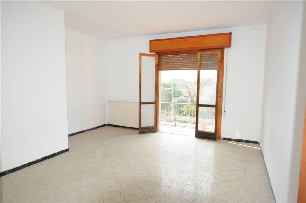 Appartamento in vendita a Buggiano, 6 locali, zona Località: SANTA MARIA, prezzo € 120.000 | Cambio Casa.it