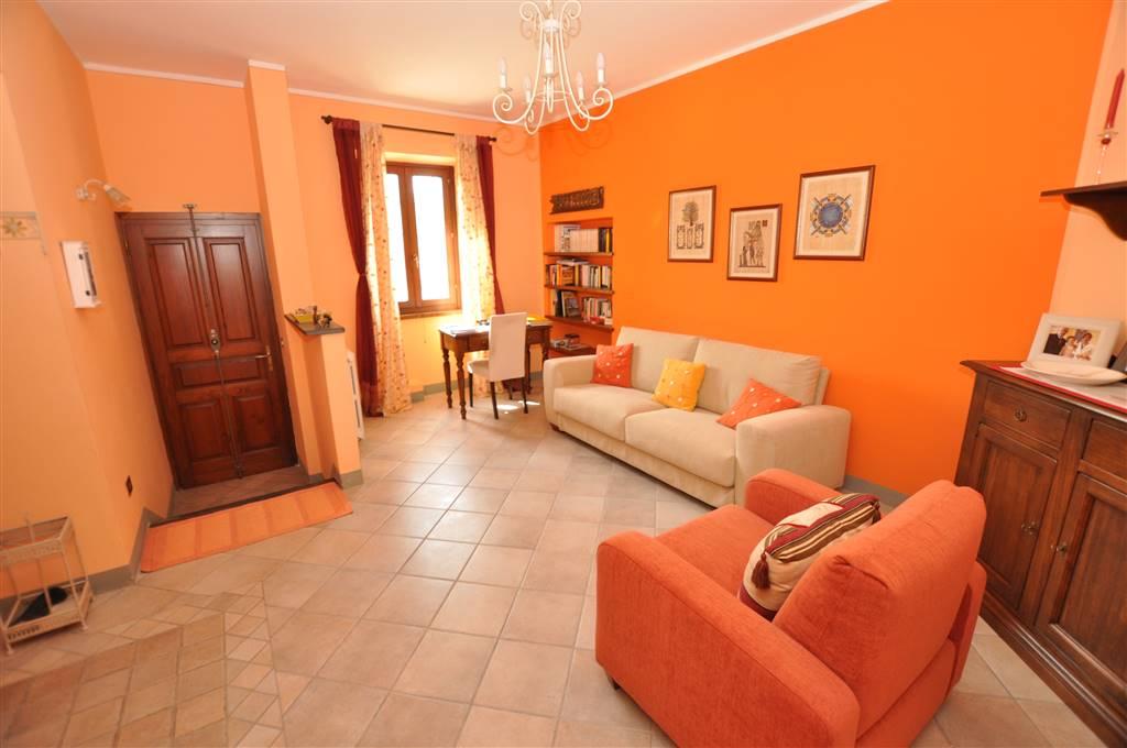 Soluzione Indipendente in vendita a Ponte Buggianese, 6 locali, zona Zona: Albinatico, prezzo € 170.000 | Cambio Casa.it