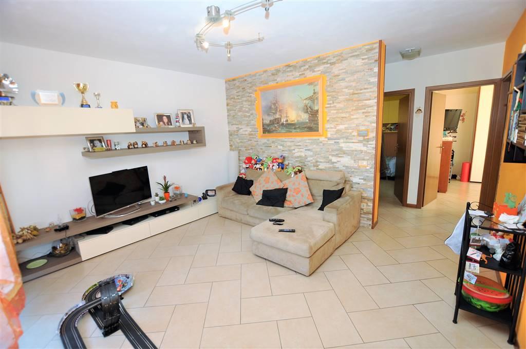 Appartamento in vendita a Massa e Cozzile, 4 locali, prezzo € 139.000 | Cambio Casa.it