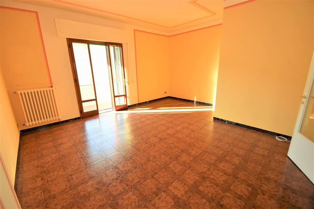 Appartamento in vendita a Buggiano, 5 locali, prezzo € 168.000 | Cambio Casa.it