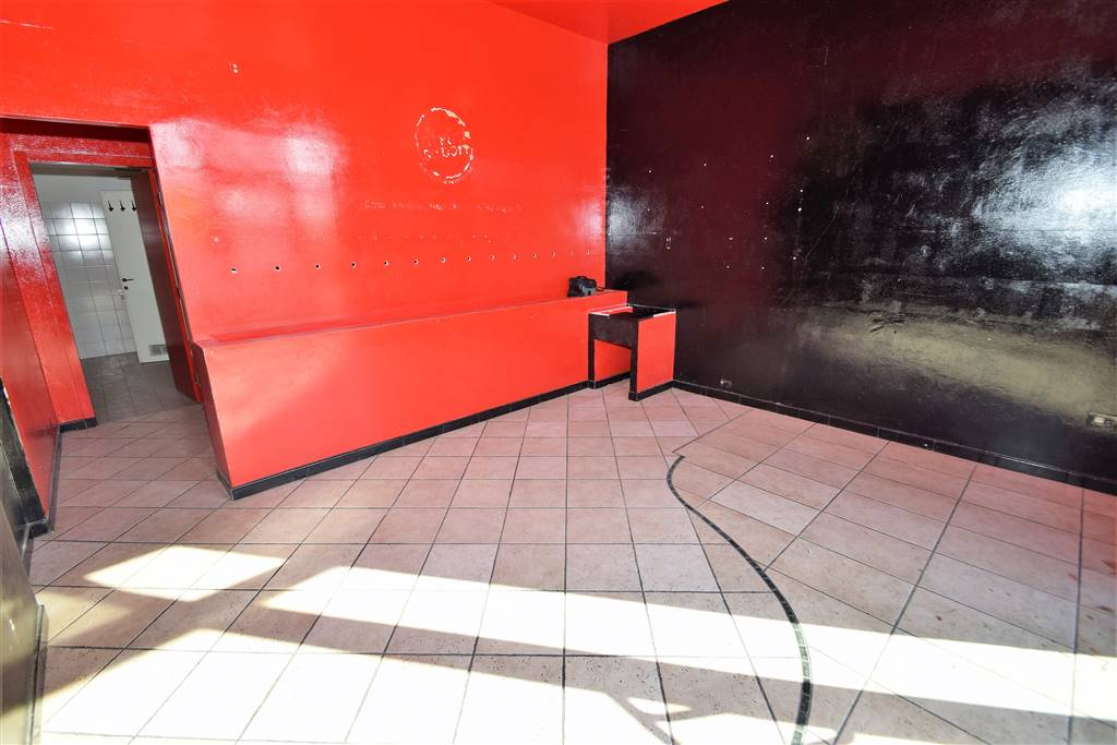 Negozio / Locale in vendita a Montecatini-Terme, 2 locali, prezzo € 140.000 | Cambio Casa.it