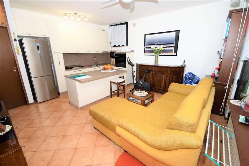 Appartamento in vendita a Massa e Cozzile, 3 locali, prezzo € 52.000 | Cambio Casa.it