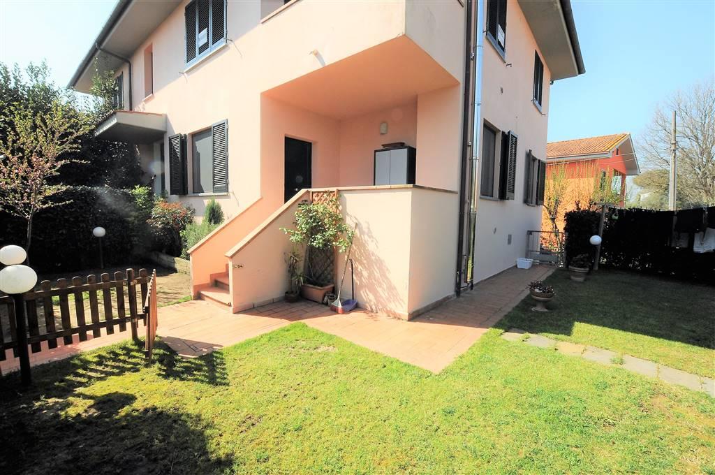 Appartamento in vendita a Fucecchio, 4 locali, zona Zona: Querce, prezzo € 135.000 | Cambio Casa.it