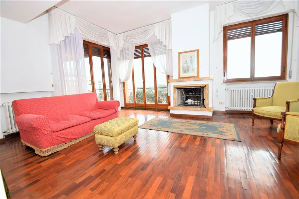 Attico / Mansarda in vendita a Montecatini-Terme, 5 locali, prezzo € 200.000 | Cambio Casa.it