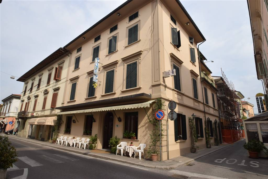 Albergo in vendita a Montecatini-Terme, 9999 locali, prezzo € 450.000 | Cambio Casa.it