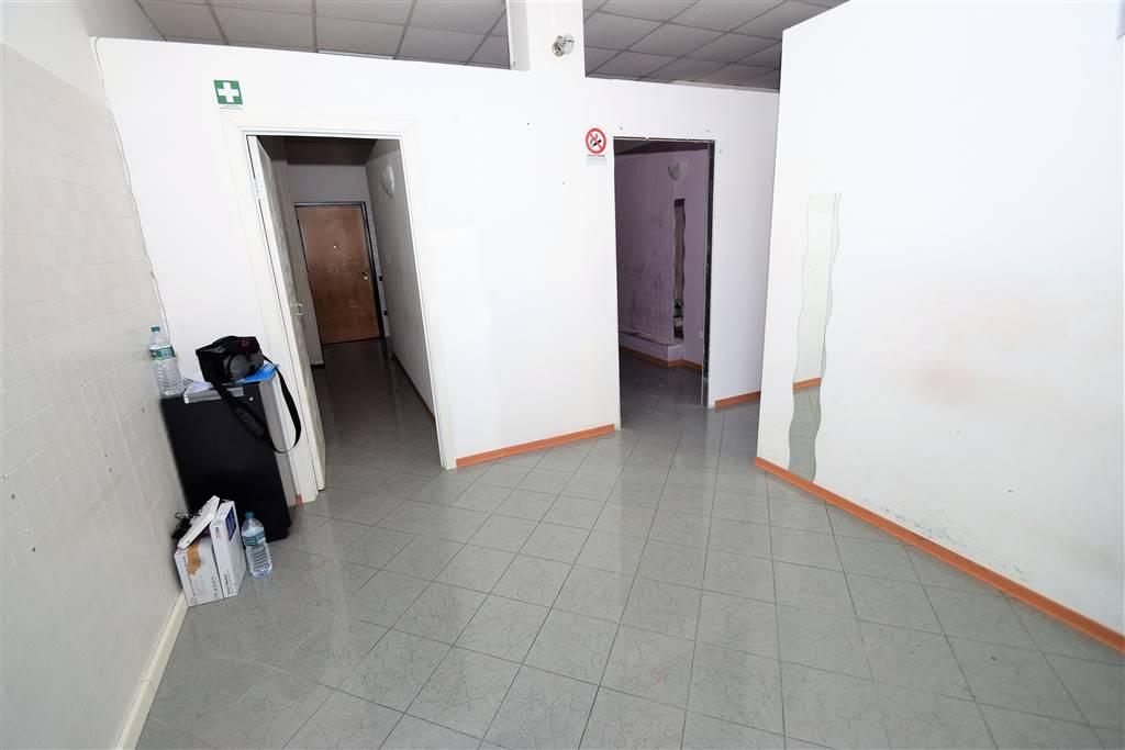 Negozio / Locale in Affitto a Montecatini-Terme