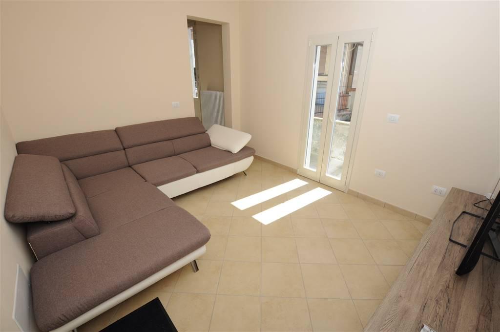 Appartamento in affitto a Ponte Buggianese, 4 locali, prezzo € 600 | Cambio Casa.it