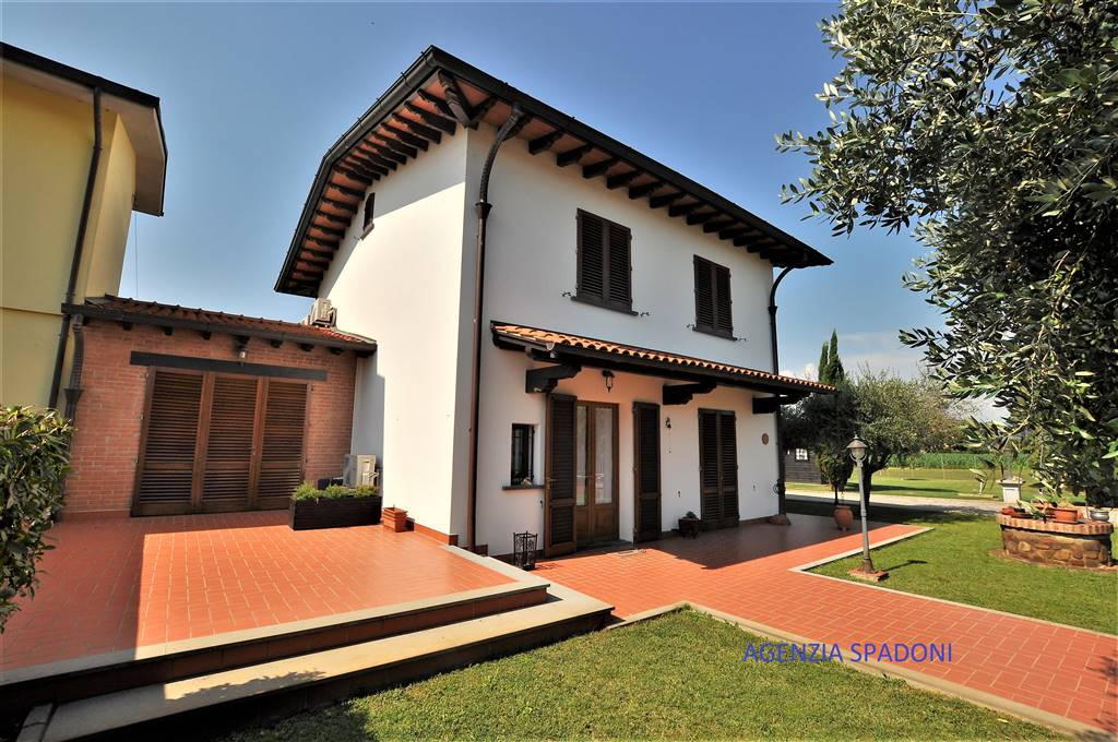 Villa PONTE BUGGIANESE