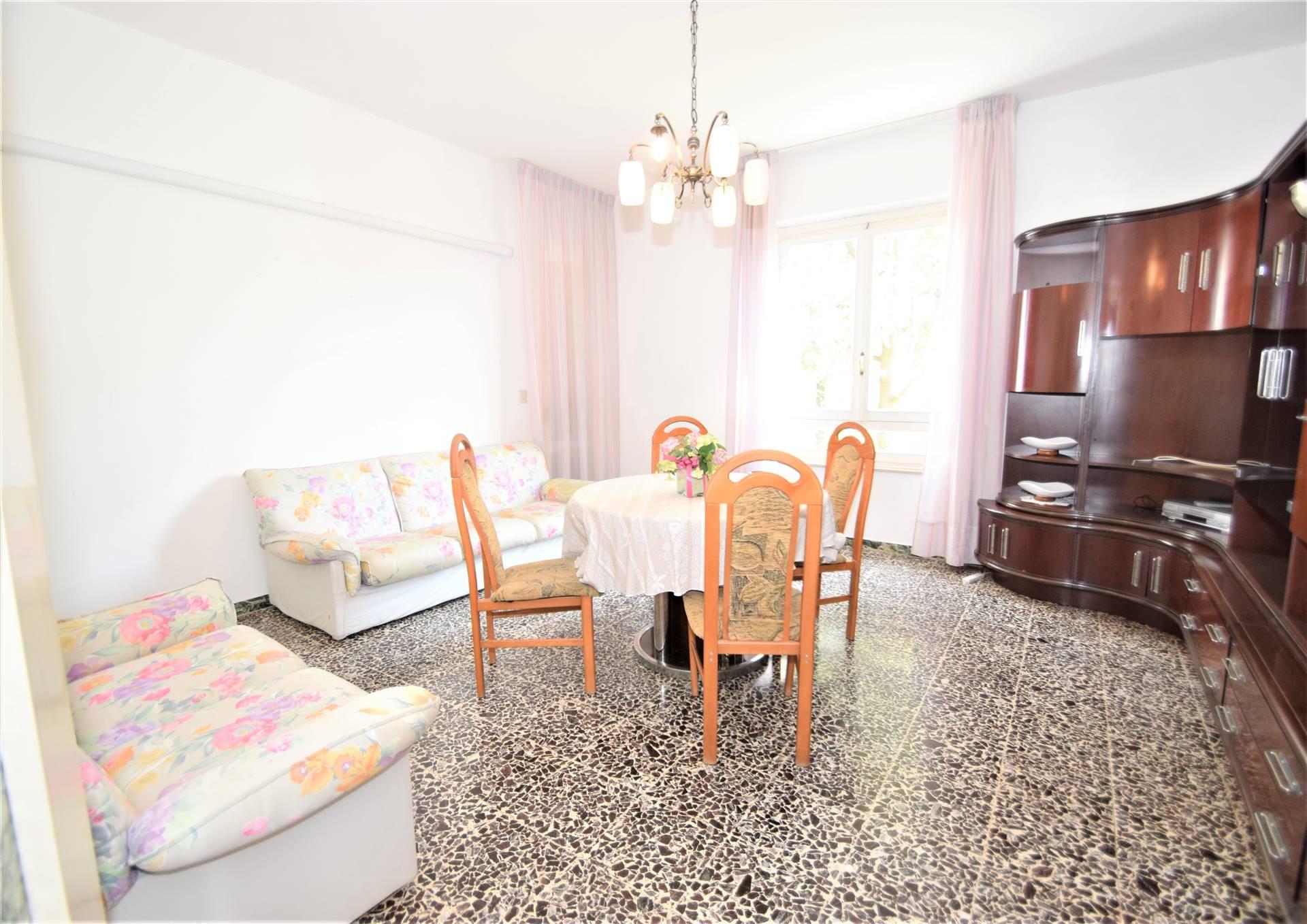 Appartamento PESCIA