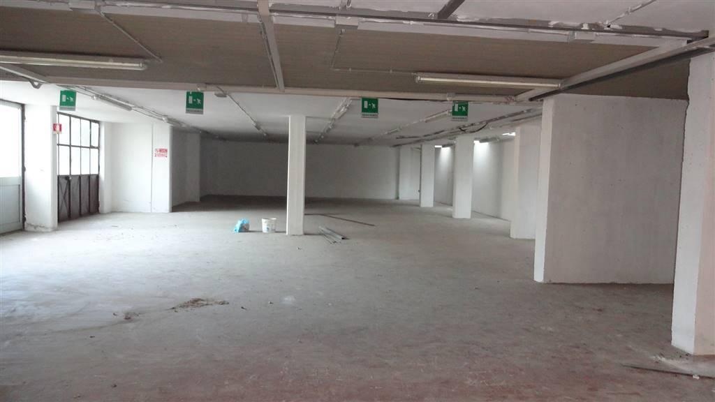 Magazzino in affitto a Pistoia, 1 locali, zona Zona: Centrale, prezzo € 900 | Cambio Casa.it