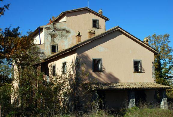Soluzione Indipendente in vendita a Bagnoregio, 50 locali, zona Zona: Capraccia, Trattative riservate | Cambio Casa.it
