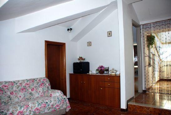 Appartamento in vendita a Montefiascone, 2 locali, prezzo € 38.000 | Cambio Casa.it