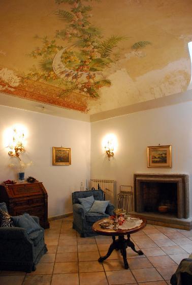 Appartamento in vendita a Montefiascone, 7 locali, Trattative riservate | CambioCasa.it