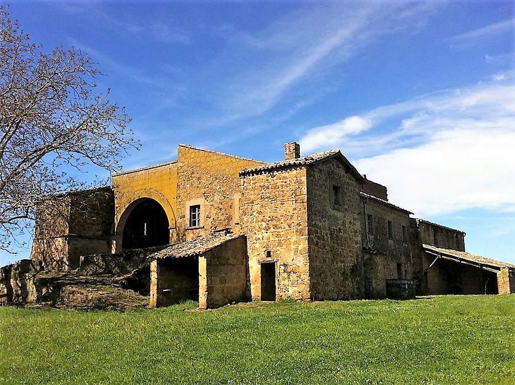 Rustico / Casale in vendita a Lubriano, 20 locali, prezzo € 1.400.000 | Cambio Casa.it