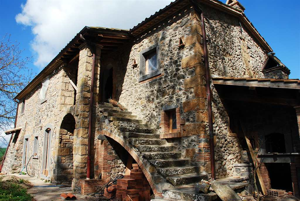 Rustico / Casale in vendita a Bagnoregio, 10 locali, prezzo € 398.000 | Cambio Casa.it