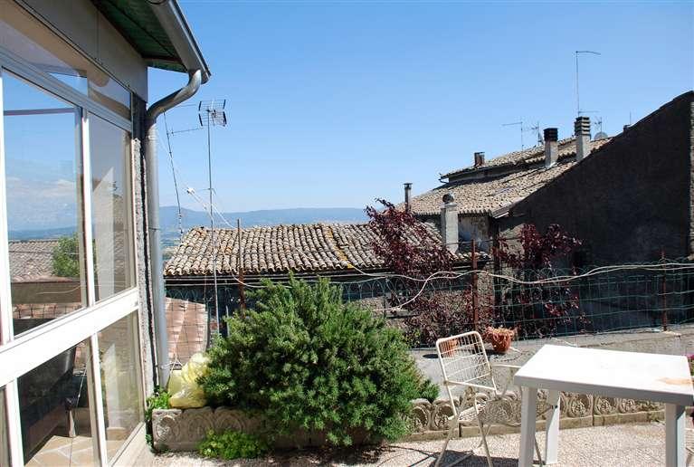 Soluzione Indipendente in affitto a Montefiascone, 2 locali, prezzo € 300 | Cambio Casa.it