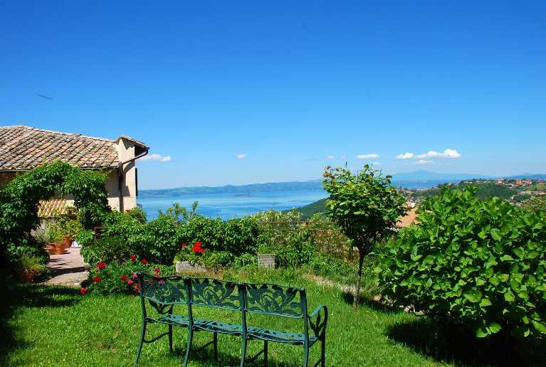 Soluzione Indipendente in vendita a Montefiascone, 8 locali, prezzo € 550.000 | Cambio Casa.it