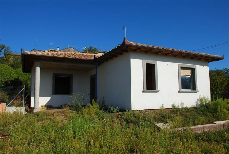 Soluzione Indipendente in vendita a Viterbo, 3 locali, zona Zona: Periferia, prezzo € 75.000 | CambioCasa.it
