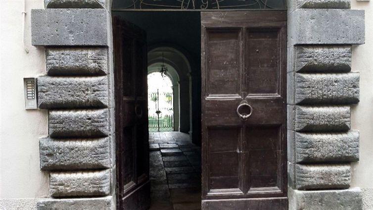 Appartamento in vendita a Bolsena, 8 locali, Trattative riservate | Cambio Casa.it