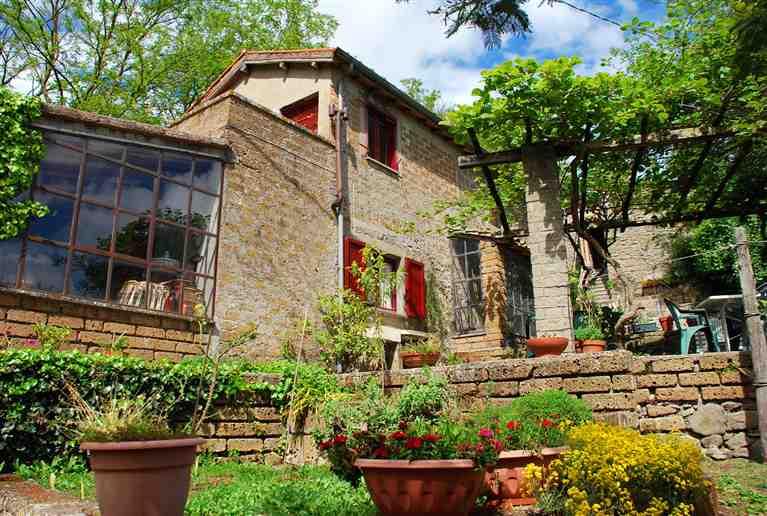 Rustico / Casale in vendita a Montefiascone, 5 locali, prezzo € 120.000 | CambioCasa.it