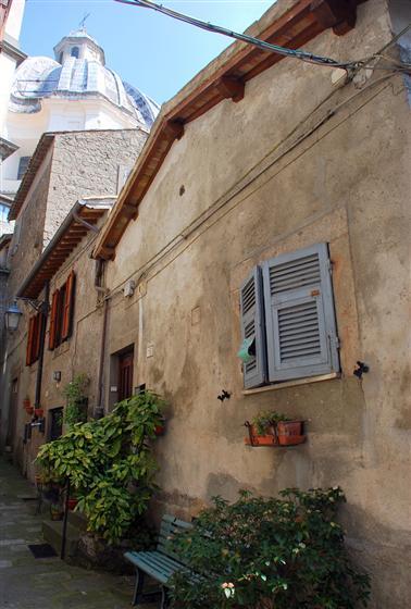 Soluzione Indipendente in affitto a Montefiascone, 3 locali, prezzo € 350 | Cambio Casa.it