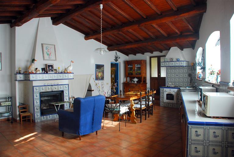 Rustico / Casale in vendita a Civitella d'Agliano, 6 locali, prezzo € 350.000 | Cambio Casa.it