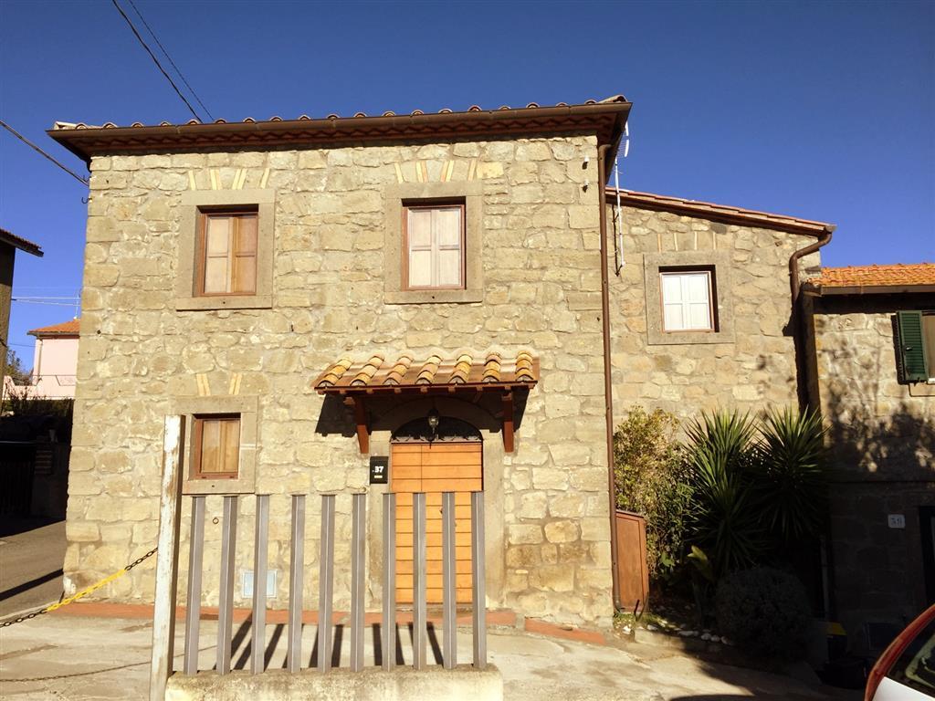 Rustico / Casale in vendita a Montefiascone, 3 locali, zona Località: PAOLETTI, prezzo € 120.000 | Cambio Casa.it