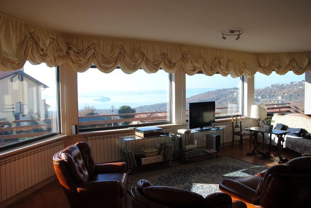 Villa in vendita a Montefiascone, 9 locali, prezzo € 850.000 | Cambio Casa.it