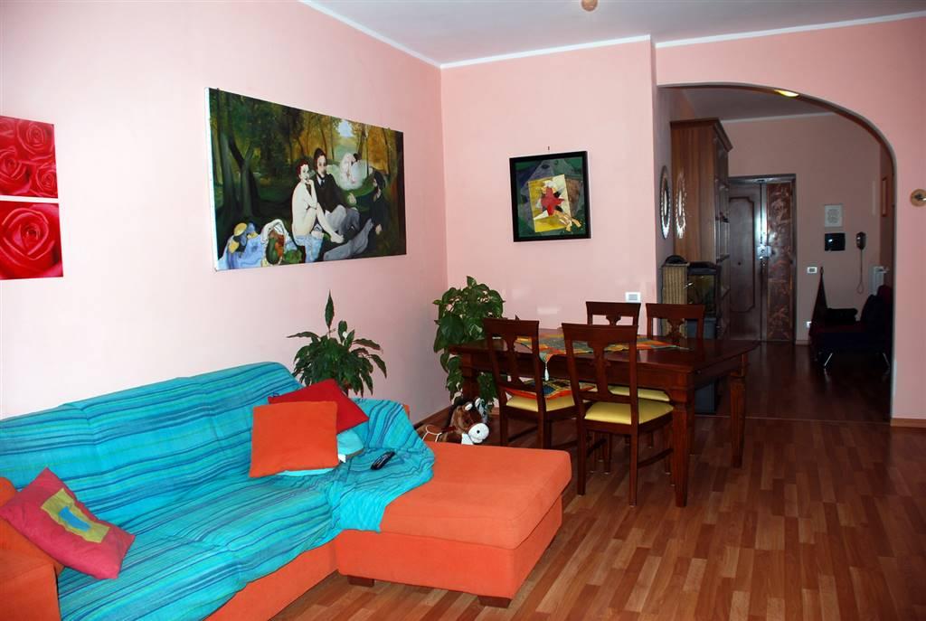 Appartamento in affitto a Montefiascone, 4 locali, prezzo € 400 | Cambio Casa.it