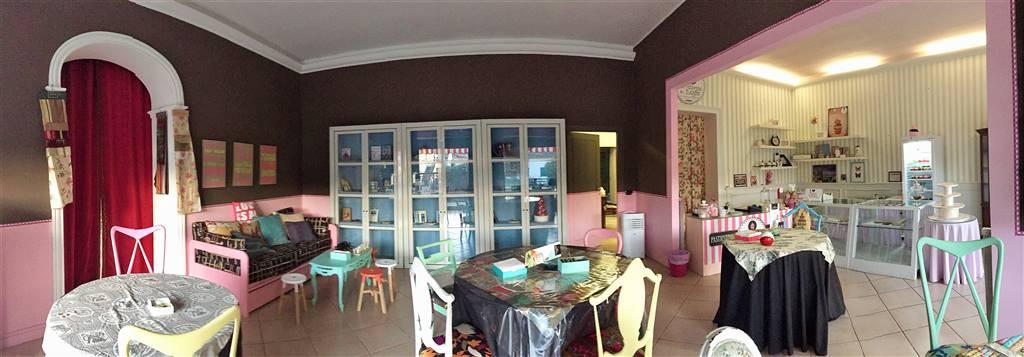 Negozio / Locale in vendita a Montefiascone, 5 locali, prezzo € 190.000 | Cambio Casa.it