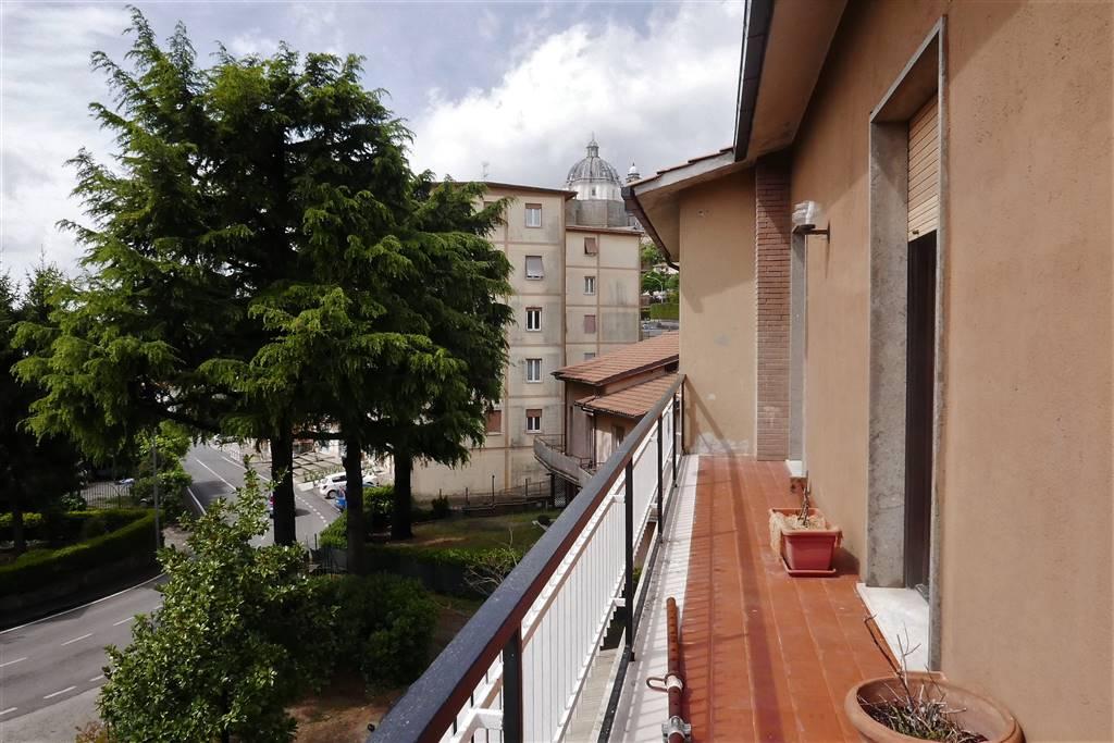 Appartamento in Affitto a Montefiascone