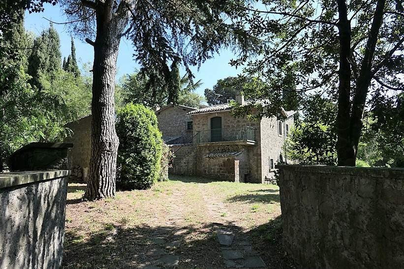 Rustico / Casale in vendita a Montefiascone, 11 locali, zona Zona: Coste-Pelucche, prezzo € 288.000 | CambioCasa.it