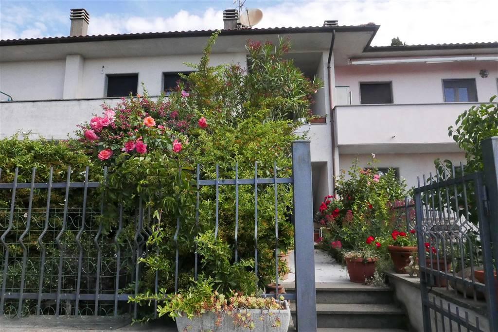 Soluzione Indipendente in vendita a Montefiascone, 4 locali, zona Zona: Mosse, prezzo € 135.000 | CambioCasa.it
