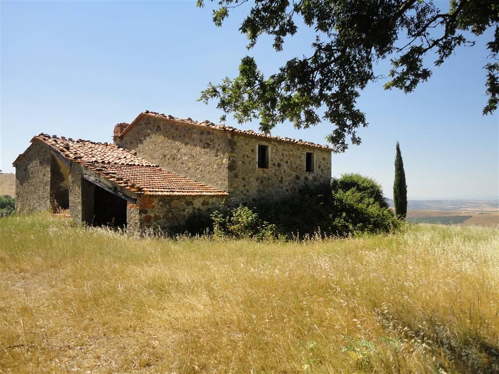 Casale da ristrutturare con vista su Val d Orcia. rustico casale vendita toscana  siena castiglione d orcia. 300 (mq) Vani  8 Locali  4 Bagni  3. Rif. C51 e378570aece