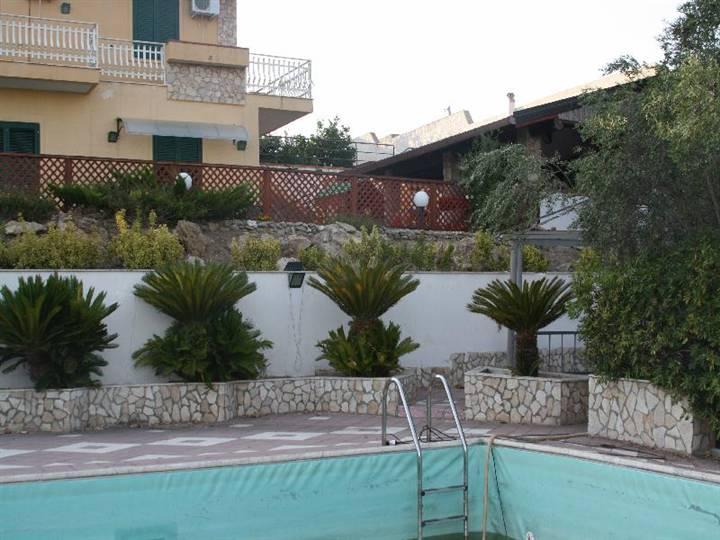 Villa Bifamiliare in Vendita a Ribera