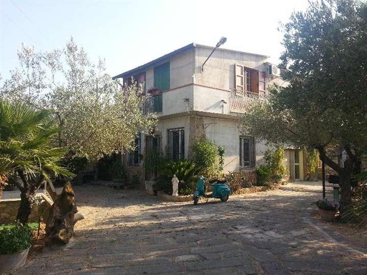 Villa vendita SCIACCA (AG) - 6 LOCALI - 200 MQ
