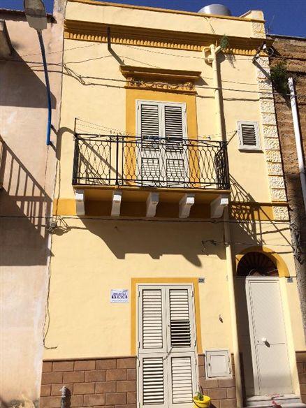 Soluzione Indipendente in vendita a Ribera, 3 locali, prezzo € 32.000   Cambio Casa.it