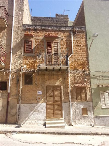 Soluzione Indipendente in vendita a Ribera, 4 locali, prezzo € 27.000 | CambioCasa.it